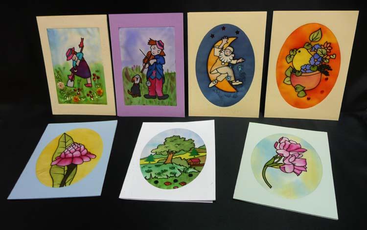 Cartes postales découpées