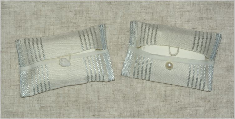 Couture : mini Pochettes à bouton