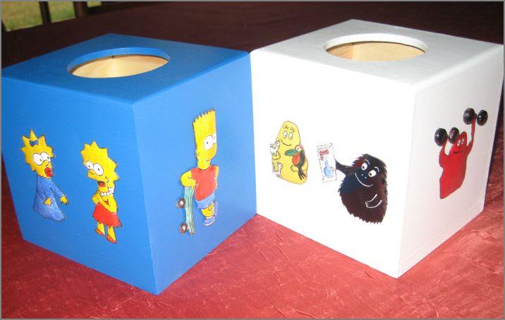Cubes à mouchoirs