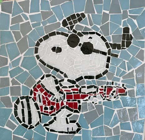 Snoopy à la guitare